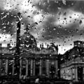 TORNANDO A CASA, Foto b/n (1 di 5) - 40x50. vincitrice nel Febbraio 2016 del concorso nazionale fotografico/letterario Mameli 27 per la sezione Roma - €200,00
